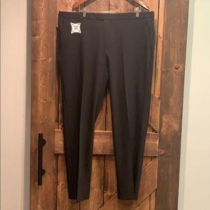 IZOD Men's Straight Pants - 40x32 - 4 way stretch